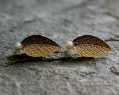 Gold Leaf Stud Earrings With White Pearl-Shedding Leaves ,Autumn fashion