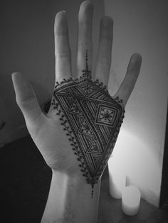Beautiful Geometirc hand henna design by Henna Soul Norwich Henna Designs For Men, Palm Henna Designs, Finger Henna Designs, Henna Tattoo Designs Simple, Beautiful Henna Designs, Mehndi Art Designs, Latest Mehndi Designs, Mehndi Designs For Hands, Men Henna Tattoo