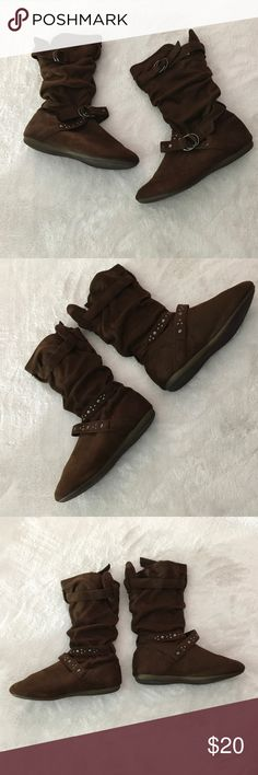 Forever brown ankle boots - slouchy Forever brown ankle boots - slouchy - size 7.5 Forever Shoes Ankle Boots & Booties