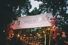 A Midsummer Mingle, entrance