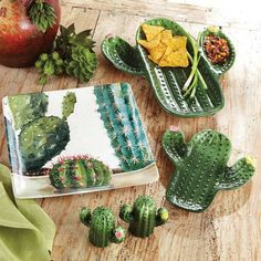 Saguaro Cactus Kitchen Accessories Cacman and TusGirl We are the cactus family 🌵 spreading Love is Our mission💞 Sharing our story as comics to let you know that true love exists❤️ Cactus House Plants, Cactus Decor, Cactus Art, Home Design, Western Kitchen Decor, Black Forest Decor, Western Furniture, Cabin Furniture, Southwestern Decorating