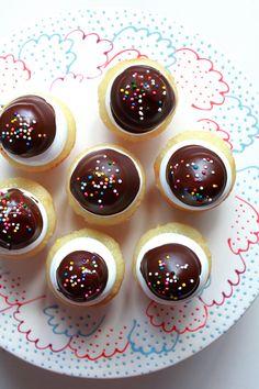 Mni Hi-Hat Cupcake