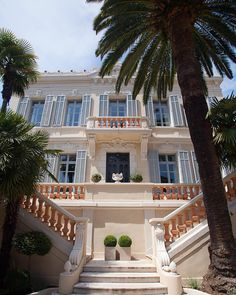 """Fit for a king the perfect mix of old and new. City """"palace"""" on the French Riviera. #franceresidences #eblifestyle"""