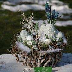 Easter Decor, Clowns, Centerpieces, Bunny, Seasons, Spring, Crafts, Cute Ideas, Flowers