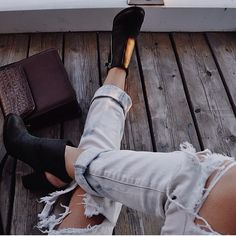 Image about fashion in buty by on We Heart It Soft Grunge, Mode Style, Style Me, Fashion Killa, Fashion Beauty, 90s Fashion, Fashion Women, Fashion Shoes, Alternative Rock