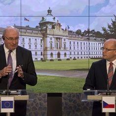 Czech Republic PM Bohuslav Sobotka and EU Commissioner Phil Hogan speak in Prague