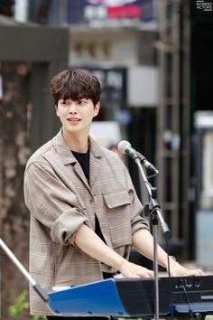 송강 — 'When The Devil Calls Your Name' (Behind-the-Scenes) Song Kang Ho, Sung Kang, Handsome Korean Actors, Handsome Boys, Liar And His Lover, Korean Boys Ulzzang, Kdrama Actors, Korean Celebrities, Asian Actors