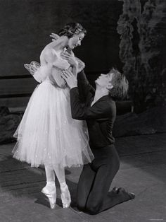 Rudolf Nureyev and Margot Fonteyn in Giselle.