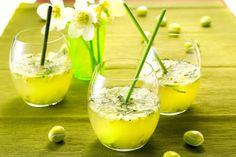 Et si on commençait le week-end par un apéro ? Découvrez des recettes simples, originales et sexy sur la KIFY Factory : http://www.keepitforyou.com/kify-factory/2014/07/04/comment-reussir-ses-aperos-lete-how-to-succeed-your-cocktail-dinner/ #apero #summer #weekend #cocktail #kifyfactory