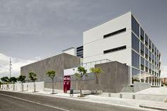 Research Center in Sustainable Chemistry – Tarragona University  / taller 9s arquitectes