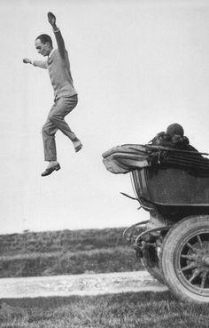 Jacques Henri Lartigue.- Yvonne Printemps, Robert Bresson, A Level Photography, Forced Perspective, French Photographers, Parisian Style, Vintage Photography, Black And White Photography, Photo Art