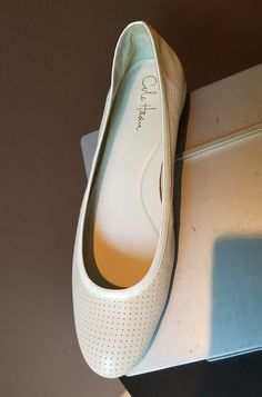 Cole Haan Nike air nude with white accent flats Sz 11 B #ColeHaanNikeAir #Flats