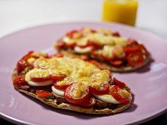 Pitta Bread Pizza | Slimming World Recipes