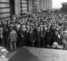 Unemployed storming Cleveland City Hall in 1930