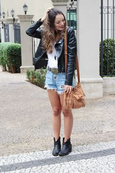 Look do dia: Shorts com bota de cano curto