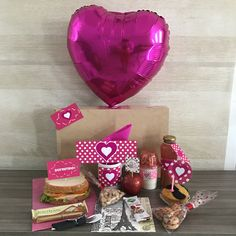 Breakfast Basket, Diy And Crafts, Lunch Box, Gift Wrapping, Mom, Gifts, Decor Inspiration, Ideas, Valentine Cards