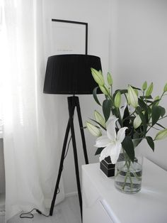 Tine K foot lamp | www.magnoliablogg.com