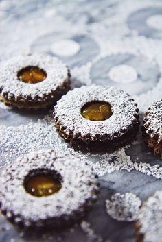Chocolate Orange Linzer Cookies   La Pêche Fraîche