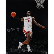 "LeBron James Autographed 16x20 ""Tomahawk"" Photo"