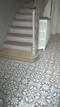 Charm & Parquet Cement tile stock Entryway and Hallway Decorating Ideas Cement Charm parquet stock Tile Hall Tiles, Tiled Hallway, Victorian Hallway Tiles, Long Hallway, Style At Home, Flur Design, Hall Flooring, Hallway Designs, Hallway Ideas