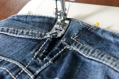 I don't know about you, but I love sewing for Easter. Here's not one bunny sewing pattern, but 20 free sewing patterns Altering Jeans, Altering Clothes, Sewing Hacks, Sewing Tutorials, Sewing Tips, Sewing Alterations, Leftover Fabric, Clothing Hacks, Love Sewing