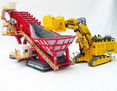Each one of my large mining shovels can load the Sandvik Lego Technic Truck, Lego Truck, Big Lego, Lego Machines, Lego Creator Sets, Amazing Lego Creations, Lego Ship, Lego Construction, Lego Storage