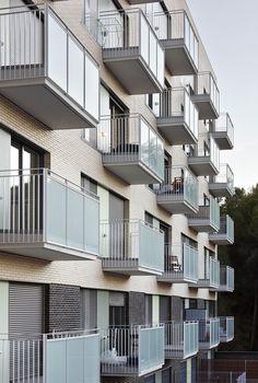 Galería - Viviendas Sociales de Alquiler en Terrassa / TAC Arquitectes - 10
