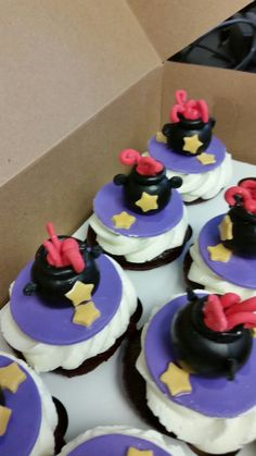 Harry Potter themed, black cauldron with stars cupcake toppers. All handmade and completely edible