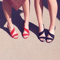 Summer is just around the corner !☀️ @hm #hm #hmaustria #sandals #shoes #bronze #mettalic #red #black #fashionblog #blogger #fashion #instafashion #vogue #elle #glamour #chic #streetstyle #style #twins #sisters #love #editorial #nailpolish #blog #lifestyle #milan #paris #london #nyc #stylish
