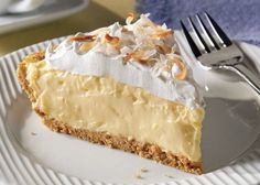 Explore easy cream pie recipes from Kraft Recipes. Find recipes for banana cream pie, chocolate cream pie, coconut cream pie, and more. Just Desserts, Delicious Desserts, Yummy Food, Pie Dessert, Dessert Recipes, Recipes Dinner, Dinner Ideas, Cream Pie Recipes, Cheese Recipes