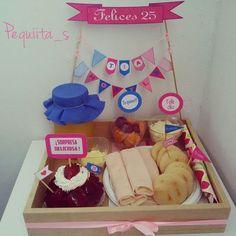 Love Gifts, Diy Gifts, Handmade Gifts, Breakfast Basket, Ideas Aniversario, Birthday Breakfast, Candy Bouquet, Ideas Para Fiestas, Boyfriend Gifts