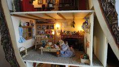 So much lovely detail... a doll house inspired by Brambly Hedge <3  http://www.dollshousegallery.co.uk/