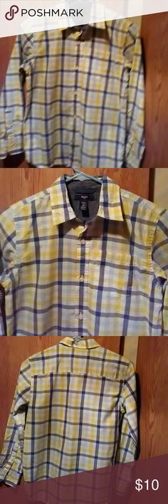 Gap Kids Plaid Shirt    sz L (10) Plaid features blues and warm yellow green colors.  Long sleeve,chest pocket,  button up style.  Excellent preowned condition. ..no rips or stains.  Smoker/pets in the home.  Please do not purchase if this is an issue for you.  Questions and offers are welcome. Gap Kids Shirts & Tops Button Down Shirts