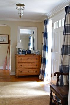 Drapes at front door! Love Front Door Curtains, Front Doors With Windows, Sidelight Windows, Foyer Furniture, Piano Room, Coastal Bedrooms, My Dream Home, Decoration, Home Accents