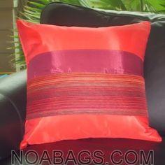 Housse de Coussin en Soie Thaï avec reflets brillants de couleur Rouge