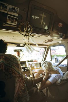 travel the country by hippie van