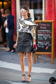 Giovanna Battaglia of Vogue Japan after Comme des Garçons fashion show. Shop this look (or similar) here: Dress: LABOUR OF LOVE 'The Leather Tank' sleeveless dress Scarf: LANVIN Striped silk scarf Shoes: AQUAZZURA 'Matilde 105' pumps STYLE DU MONDE on Instagram @styledumonde, Pinterest, Twitter,