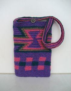 small crochet pouch, mochila style pouch, purple bag, Colombian style, cotton pouch, hourglass design by DutchDaisyDesign on Etsy