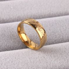 Find More Rings Information about Snake skin pattern gold plated ring wide 6mm 316L Stainless Steel men women jewelry Free shipping wholesale lots,High Quality jewelry riser,China jewelry ring storage boxes Suppliers, Cheap lot fish from Chinese Jewelry Factory,Wholesale From Yiwu China on Aliexpress.com