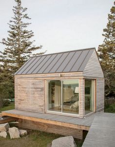 Inspiring DIY Tiny House To Help You Live Inspirational DIY Tiny House to help you live tiny house with beautiful men Great little house inspirational English country house plans – Little Houses, Tiny Houses, Backyard Studio, Tiny Cabins, Tiny House Living, Tiny House Design, House Plans, Cottage, House Styles