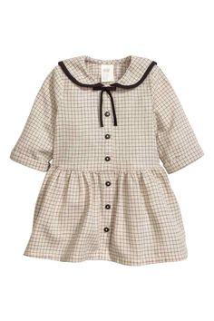 Katoenen jurk - Lichtbeige/geruit - KINDEREN | H&M NL 1