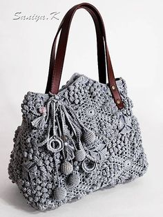 Bags & Handbag Trends : Boho Bag Handmade Blues (crocheted boho-chic eco handbags buy) - New Site Crochet Handbags, Crochet Purses, Crochet Bags, Crochet Pattern Free, Crochet Motifs, Crochet Granny, Crochet Shell Stitch, Bead Crochet, Messenger Bag Patterns