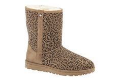 Trendy leopard print boots with cozy comfort are perfect for cold days.