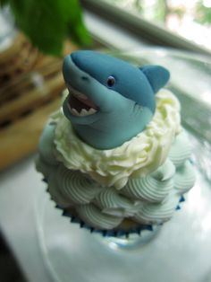 shark cupcake for my girls lol