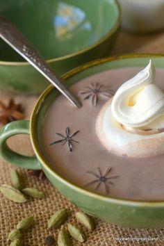 Minimal Monday: Chai Spiced Cocoa