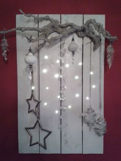 Put your house in the mood with a beautiful light board or decoration pallets … 7 DIY ideas! – DIY craft ideas Put your house in the mood with a beautiful light board or decoration pallets … 7 DIY ideas! Unique Christmas Decorations, Christmas Ornament Crafts, Light Decorations, Christmas Crafts, Holiday Decor, Budget Holiday, Christmas Mood, Diy Christmas Tree, Christmas Lights