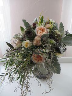 a wedding using David Austin roses