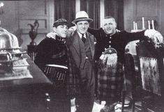 Never seen Moe, Shemp and Curly in the same photo before! Larry probably took the photo! The Three Stooges, The Stooges, Jessica Mendoza, Comedy Acts, Abbott And Costello, Laurel And Hardy, The Way I Feel, Spongebob Squarepants, Looney Tunes