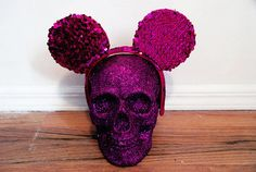 glitter skull with mickey ears