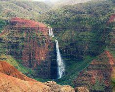 Google Image Result for http://www.twalshphoto.com/albums/Hawaii/slides/Waipoo%2520Falls%2520-%2520Waimea%2520Canyon.jpg